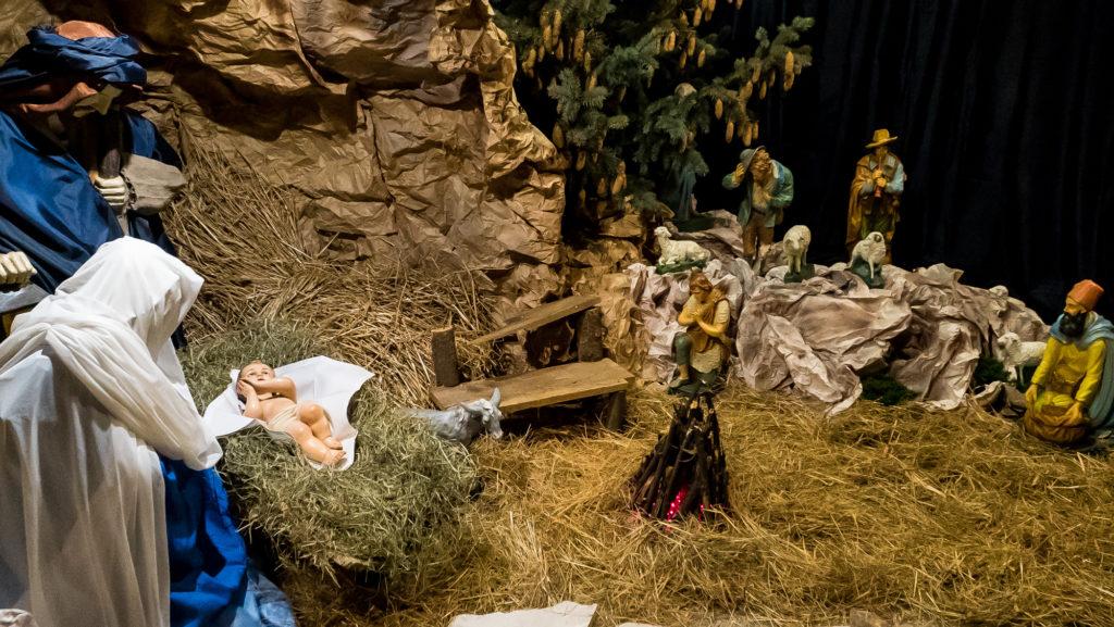 """Życzenia Na Boże Narodzenie """"Bóg przychodzi do człowieka, do ciebie i do mnie"""""""